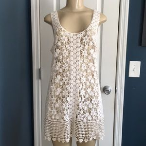 Solitaire Swim crochet bathing suit coverup size M